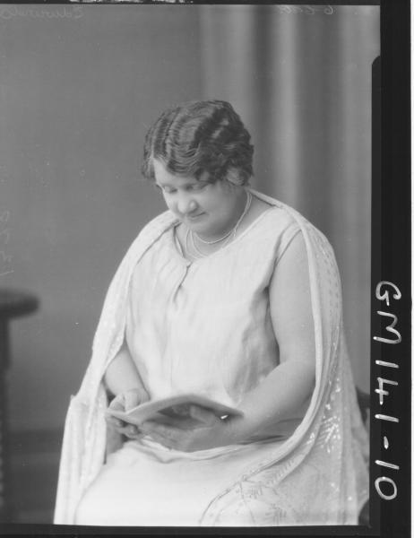 Portrait of woman 'Edwards'