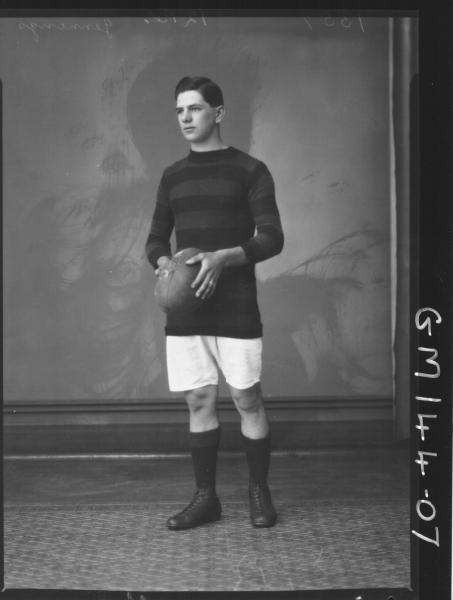 Portrait of footballer 'Jennings'