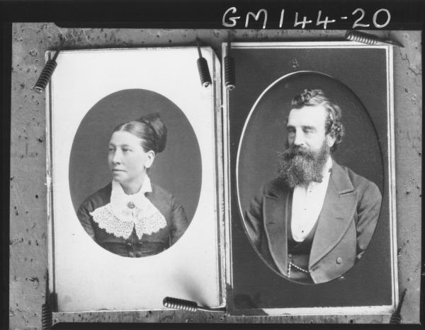 Portrait copied of man and woman 'Kyle'