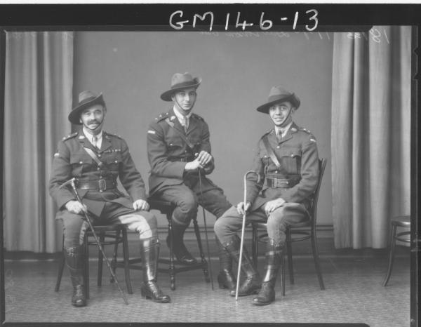 Portrait of officers of 16 Battalion 'Davidson'