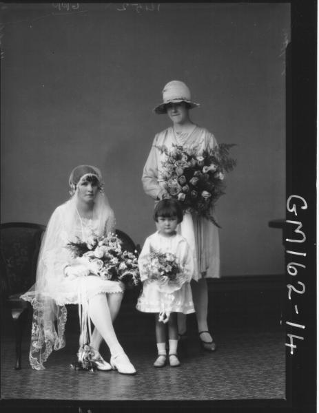 Portrait of wedding 'Walsh'