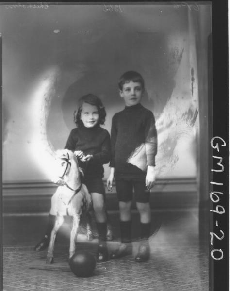 Portrait of two children 'Chisholm'
