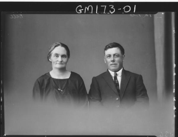 Portrait of man and woman 'Bell'