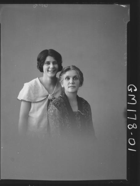 Portrait of two women 'Clarke'