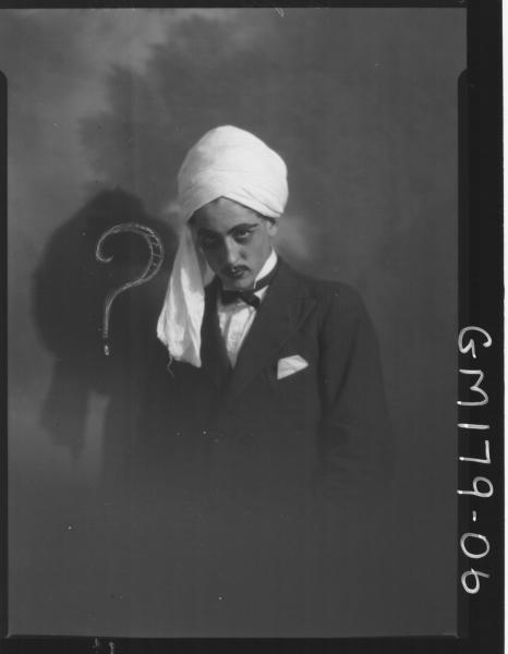 Portrait of Magician Fancy dress 'Cambury'