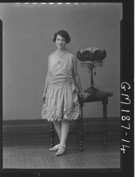 Portrait of woman 'Collier'