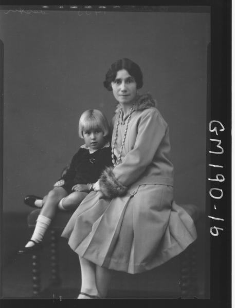 Portrait of woman and child 'Lester'