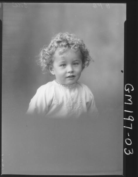 Portrait of child 'Ide'
