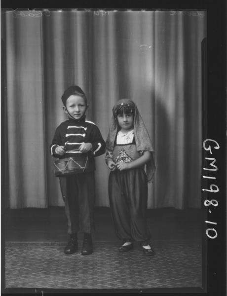 Portrait of 2 children in fancy dress 'Leslie'