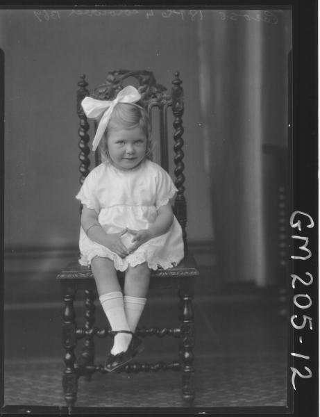 Portrait of child 'Cross'