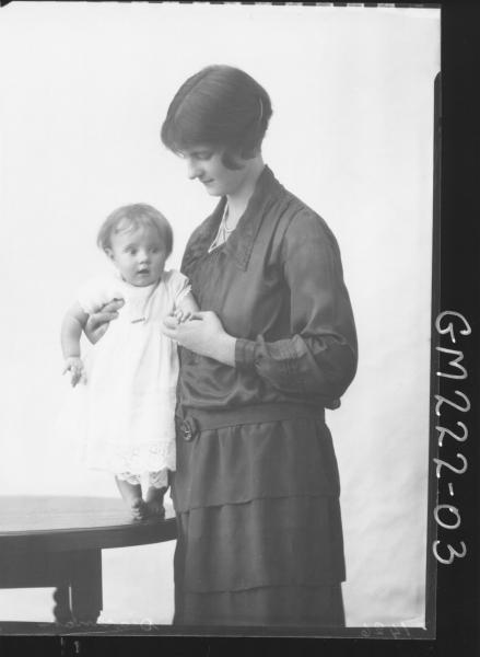 Portrait of woman and baby 'Dickman'