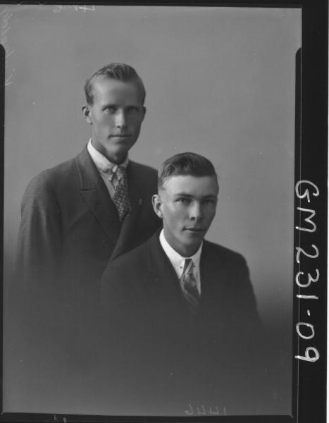 Portrait of two men 'Kirkaldy'