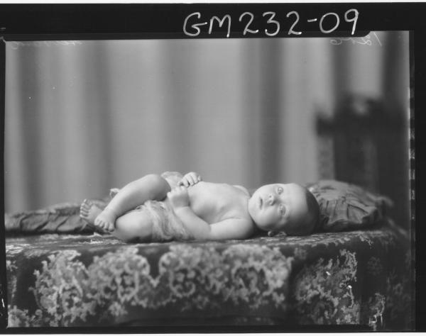 Portrait of baby 'Hebbard'