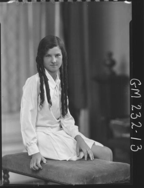 Portrait of girl 'Hill'