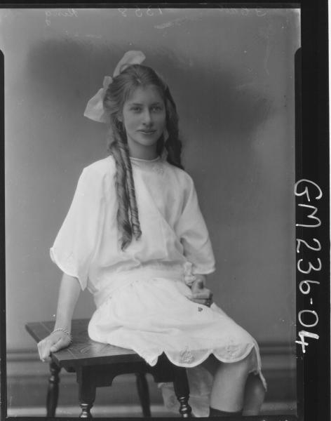 Portrait of girl 'King'