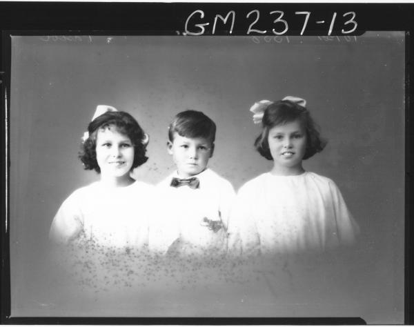 Portrait of four children 'Pascoe'
