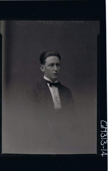 H/S Portrait of young man wearing shirt, jacket and bow tie 'Scott'