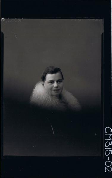 H/S Portrait of woman wearing fur around shoulders, (side view) 'Gates'