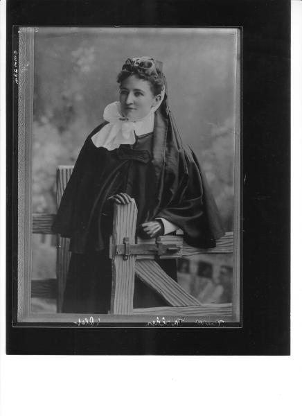 Portrait of Nurse Mary Mulder in early outdoor uniform, copy, note Lace Collar.  Health Act 1911 Mid wives Registration Board (list in V.Hobbs 'But Westward Look' (Nursing in WA 1829-1979) UWA Press.  Page 222 lists Mary Mulder, 191 Collin Street Kalgoorlie.  Registered on 27 June 1911, in practise at June 1909.  Uniform similar to 'Margaret O'Brien - 1895' Page 18 and Sisters of the People C1890 (P19) of Hobbs. (Original Photo C1895 - 'Copied' in 1907). 'Nurse Mulder trained R.P.H. and only relieved...
