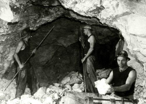 3 men working underground scaling talc B/W.