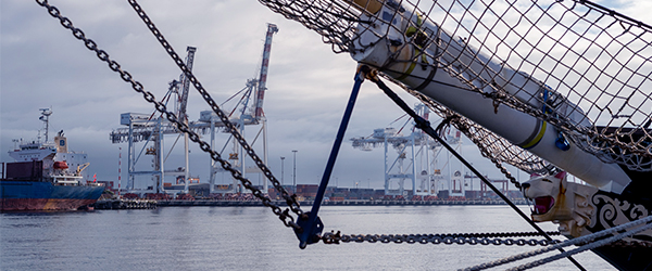 Close up image of ship and Fremantle Harbour