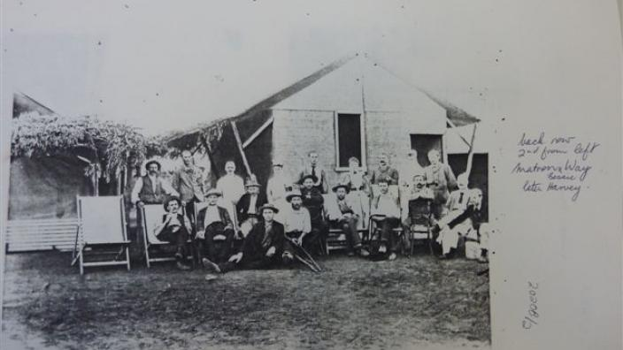 Staff and patients at Government Hospital, 1890s