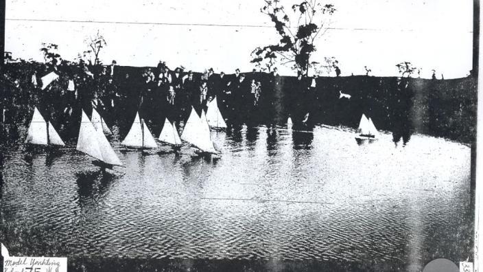 Sailing model yachts, Kalgoorlie, 1900s