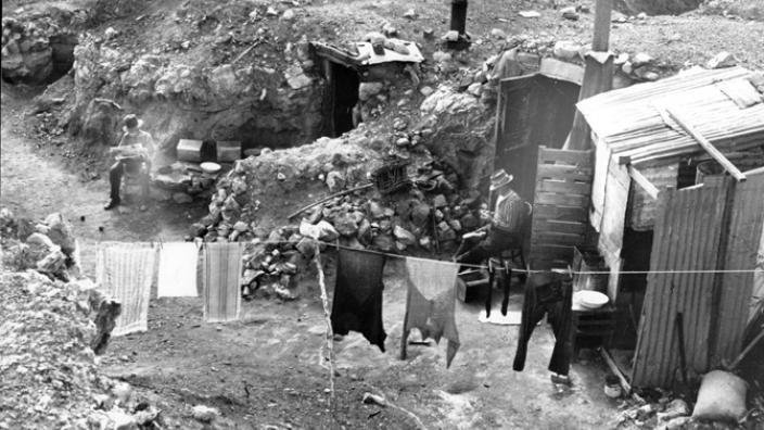 Retired prospectors' camps, Kalgoorlie, early 1930s