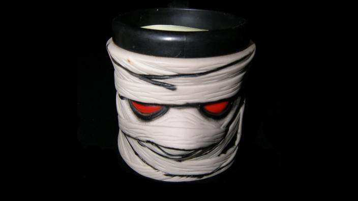 "A coffee mug inspired by the book series ""goosebumps"""