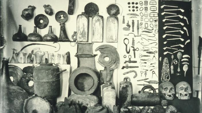 Artefacts recovered from the Zeewijk on display in a museum gallery