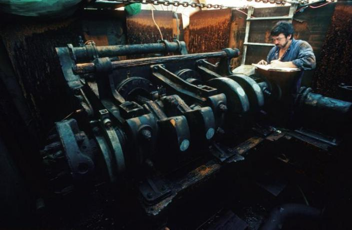 The deconcreted engine