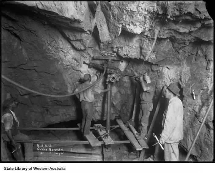 Courtesy State Library of Western Australia 012584