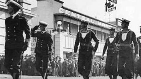 HMAS Sydney (II) crew march through Perth, Western Australia in 1936 *