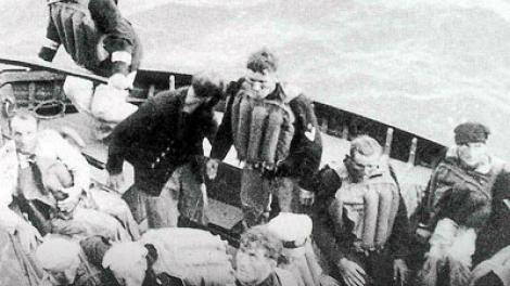 Lifeboat containing German survivors
