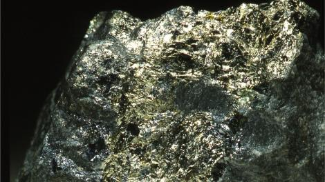 A large block of a gold ore stone
