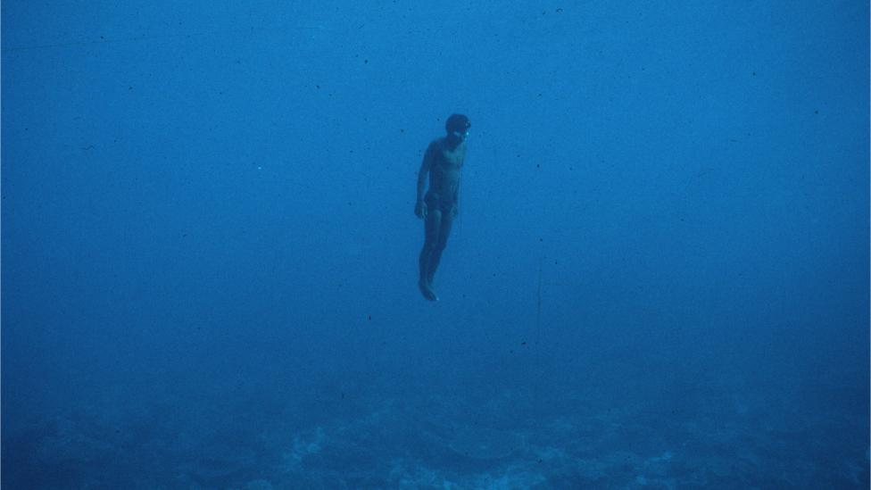 Naked diving off the NW coast in 1989