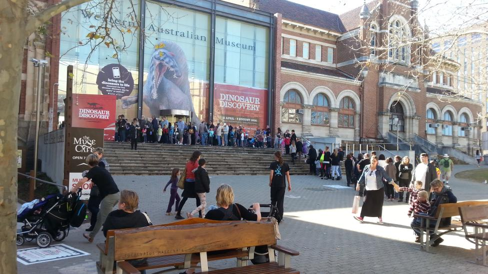 Crowds queue for tickets to Dinosaur Discovery when it was at the WA Museum