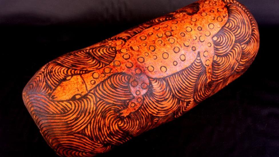Ivy Ingkatji, Piti, c. 1995, Itara: River Red Gum. Art carved on wood.