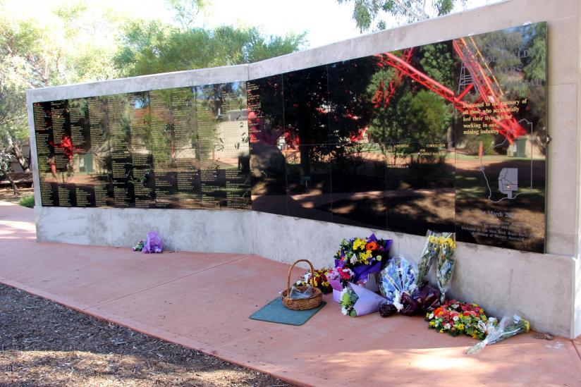 Miner's Memorial - opening ceremony | Western Australian Museum